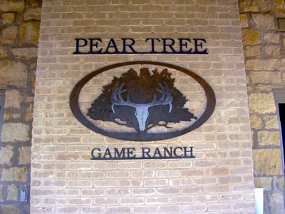 make hunting reservation at Pear Tree